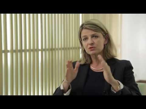 Inégalités hommes-femmes dans l'éducation, l'emploi et la santé: que peut-on faire en une décennie?de YouTube · Durée:  5 minutes 17 secondes