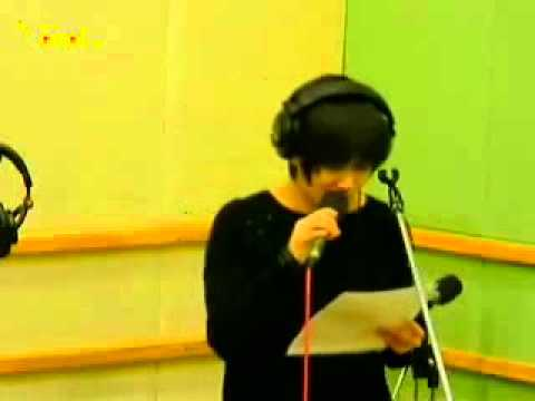 110328 Kiss The Radio Yesung - Waiting For You (Live)