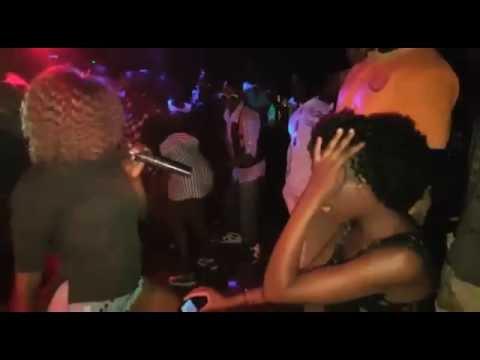 Download Minayo's  Kateebe perfomance  at Club Orange