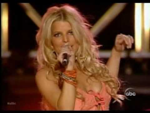 Jessica Simpson And Willie Nelson - These Boots Are Made For Walkin