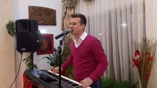 Download lagu Marian Cozma -Daca nu petrec cand imi e bine/De la tara vin si domnii