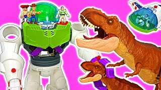 Toy Story 4 giant Buzz Lightyear Robot! Defeat gigantic dinosaurs! #DuDuPopTOY
