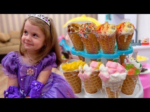 Ева делает вкусное мороженое Принцесса Выбирает