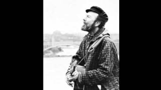 Pete Seeger - I Ride An Old Paint