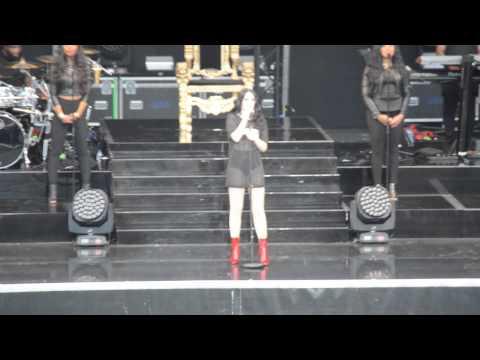 Jessie J – Speech before Flashlight (Scarborough, July 10th)
