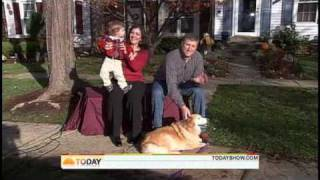 Happiest Dog Ever Welcomes Home Soldier Dad thumbnail