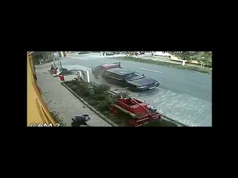 Head on bike crash with a car, rider stays injured but lives!!!!!!!!!!!