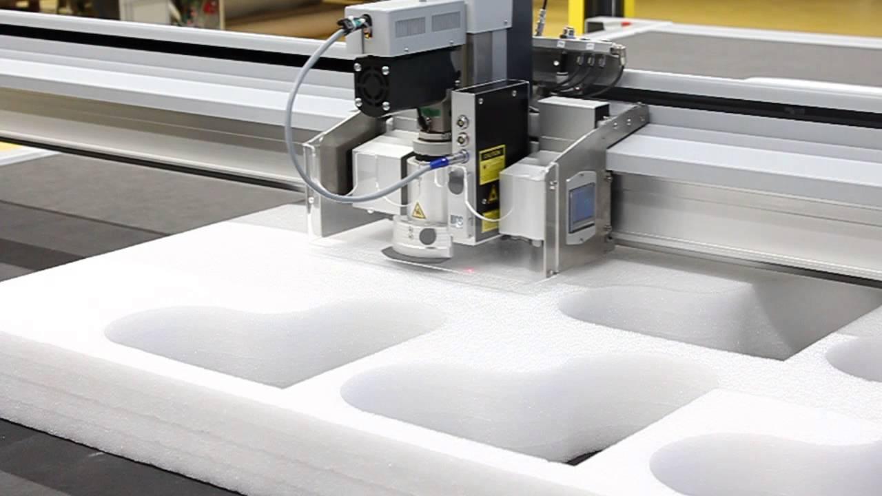 Cutting 100 mm thick PE foam