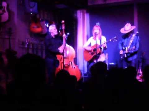 Michael McNevin at Danville Music 4-18-15 w/Rachel Garlin