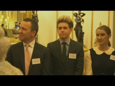 One Direction: Niall Horan meets the Queen