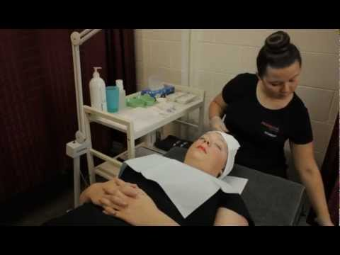 Certificate III TINTING AND SHAPING  Beauty Services Pragmatic Training.m4v
