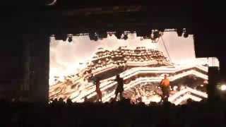 Quest Pistols Show, Kiev, 28.11.15,  Жаркие танцы