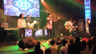 VidiAldiano - Pupus Dewa 19 cover Live At Liquid Jogja