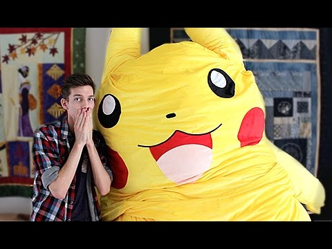 I Bought The World's Biggest Pokemon Plush Toy!