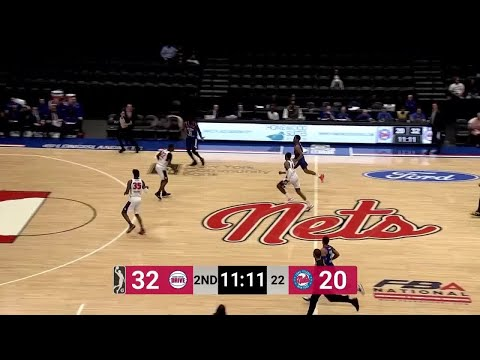 jeremiah-martin-with-25-points-vs.-grand-rapids-drive