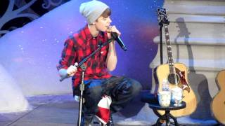 JUSTIN BIEBER - COMMON DENOMINATOR (MASSEY HALL-12/21/11)