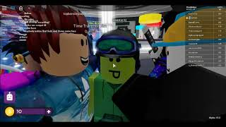 meeting fudsim!! but couldent join in time... (roblox)
