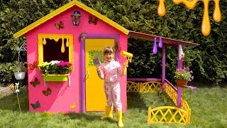 Ksysha and Papa build colorful Playhouse for children