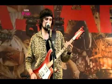 Kasabian - Empire (Live at Glastonbury 2009)