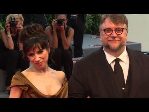 Guillermo del Toro encanta Venecia con el amor de una bestia