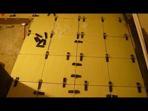Система выравнивания плитки (свп) — простое приспособление для выравнивания плитки во время укладки на клеевой раствор. Это не крестики!. В отличие от крестиков, свп выравнивает не только швы, но и стыки плиток, делая поверхность идеально ровной. Клин (многоразовый). Зажим.