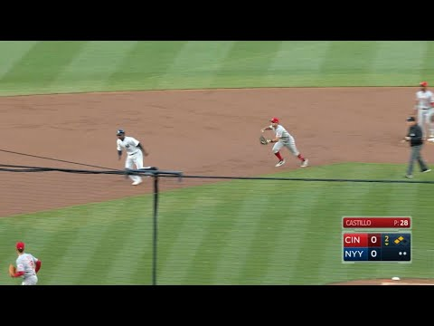 Reds turn peculiar triple play to end 2nd