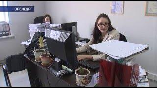 В Оренбурге автомобилисты судятся с дорожниками (Из ямы в суд)(, 2016-02-12T07:11:46.000Z)