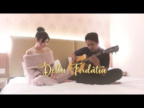 Semusim - Della Firdatia ( Cover )