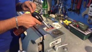 видео Скрип, свист и визг тормозов