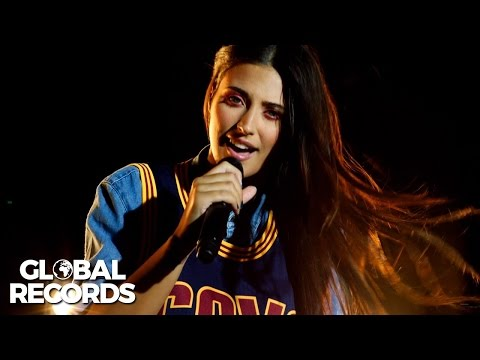 Antonia feat. Achi - Get Up and Dance | #WeGlobal Live Session