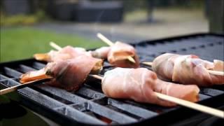 Рецепт блюда на гриле: креветки с прошуто и базиликом. Видео рецепт от известного шеф повара.