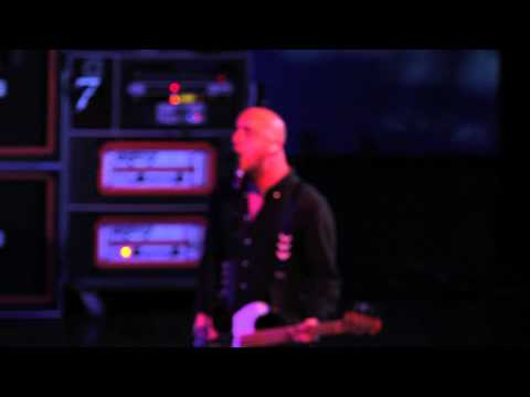 """Alkaline Trio Performs """"Another Innocent Girl"""" at Rialto Theatre in Tucson, AZ"""