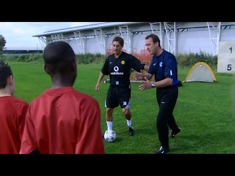 Gary Neville Teaches 12 Year Old Danny Welbeck How To Beat A Defender In 2003