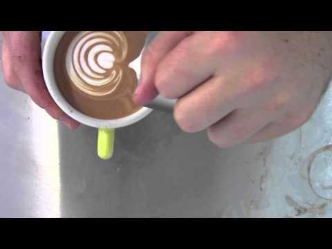 "LATTE ART - tulip ""the tulip farm"" (Ona Coffee)"