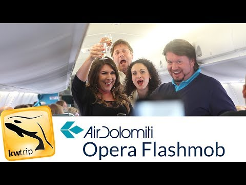 Opera on a plane- Air Dolomiti Flashmob (Munich - Verona)