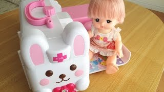 メルちゃん うさぎさん きゅうきゅうしゃ /  Fun & Compact ! Mell-chan Doll Ambulance Hospital Toy ! thumbnail