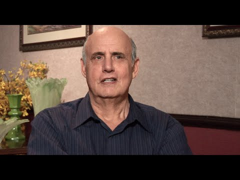 Jeffrey Tambor discusses getting cast on