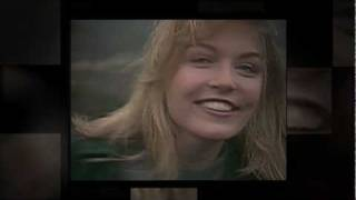 Repeat youtube video Twin Peaks  Laura Palmer's Theme  HD