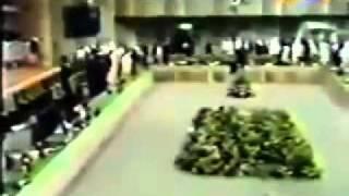 معمر القذافي في جلسة مغلقة بجامعة الدول العربية