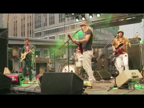 Plants and Animals - Good Friend - NXNE 2012 mp3