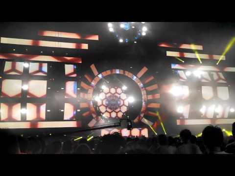 """Deadmau5 played """"Jay Lumen - LondON"""" @Ultra Japan 2016"""
