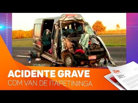 Acidente grave com Van de Itapetininga - TV SOROCABA/SBT