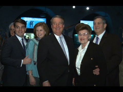 The Milstein Family Celebrates the 10th Anniversary of the Hall of Ocean Life