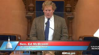 Sen. McBroom opens Michigan Senate session with an invocation