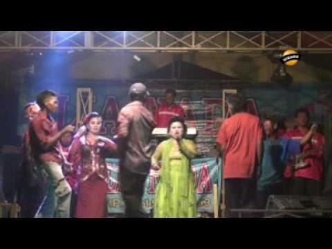 TILIL KOMBINASI - Jaipong Dangdut LIA NADA  Live Karangsari
