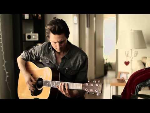 "Matthew Szlachetka- Living Room Sessions Episode 13: ""I Keep Telling Myself It's Fine"""