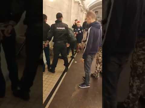 Россиянин изрезал двух глухонемых украинцев за молчание в метро