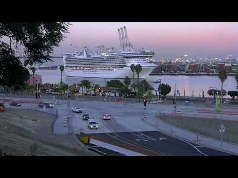 Time Lapse: Princess Cruise Ship Departs the Port of Los Angeles