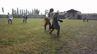 Video Arma Antica - duello di spada e boccoliere - Valvasone 10-11 settembre 2011 download MP3, 3GP, MP4, WEBM, AVI, FLV Agustus 2018