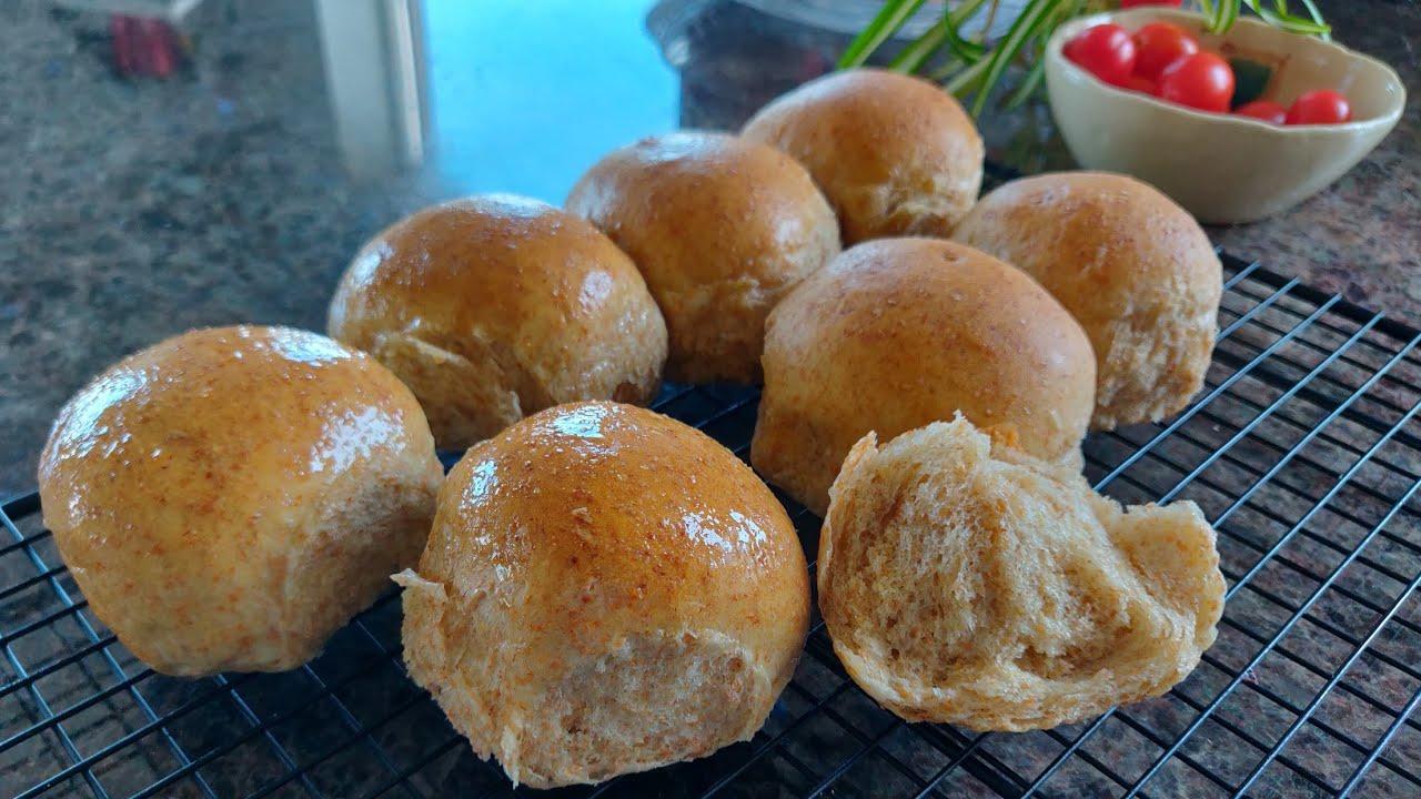 100%纯全麦面包 超级柔软 无糖免揉 麦香醇厚 100% whole wheat dinner rolls,no sugar, no knead, super fluffy.